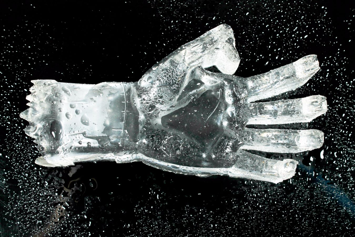 3D Zombie Hand Ice Mold | Kids Go Whoa